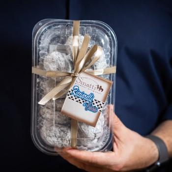 Ricciarelli almond cookies...
