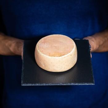 """Lavatella"" Cheese - 700 g"